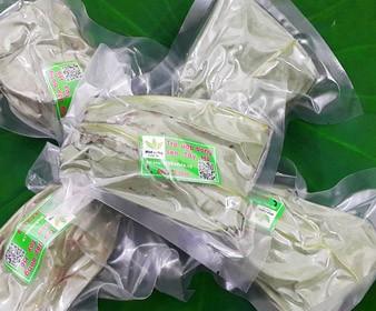 Trà ướp bông sen tươi