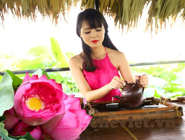 lotus tea in hanoi