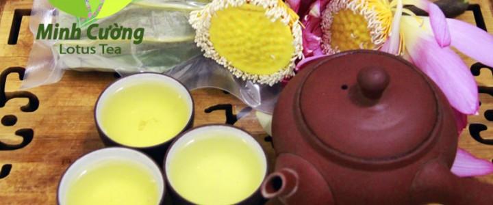Chén trà sen Hà Nội